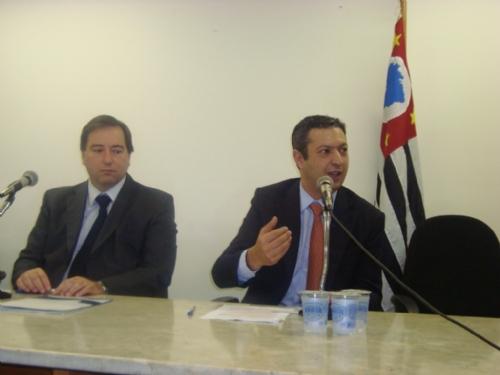 Ricardo Izar ouve propostas da promotoria para o Novo Código Penal Brasileiro
