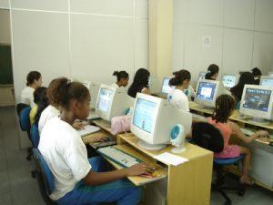 Dep. Ricardo Izar colabora com a promoção do desenvolvimento da criança e do adolescente em situação de risco