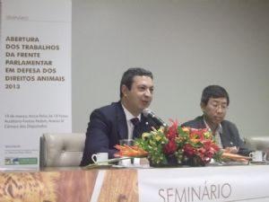 Dep. Ricardo Izar promove evento para a abertura dos trabalhos da Frente Parlamentar em Defesa dos Direitos Animais no ano de 2013