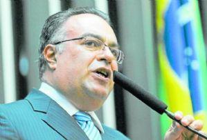 Conselho de Ética instaura processo contra André Vargas