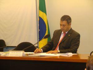 Agência Câmara Notícias: Eventual renúncia de Vargas não interrompe processo no Conselho de Ética
