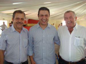 Dia 22 de dezembro de 2011,deputado Ricardo Izar visitou Herculândia.