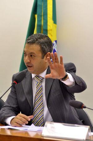 RICARDO IZAR E JÚLIO DELGADO PEDEM PROCESSO DE VARGAS E ARGÔLO PARA MINISTRO DO STF