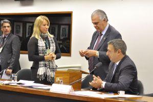 EBC: Conselho de Ética concede mais um dia de prazo a André Vargas