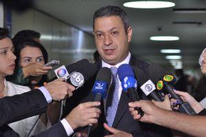 Estadão: Conselho de Ética instaura processo contra Argôlo por relação com doleiro preso