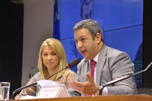 Estadão: Presidente do Conselho de Ética negará sigilo de defesa de André Vargas