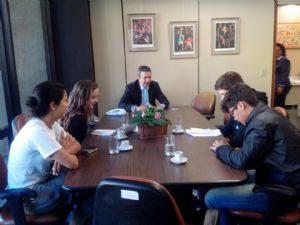 RICARDO IZAR RECEBE JOVENS PARA FALAR SOBRE ÉTICA E POLÍTICA