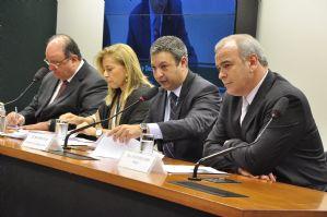 Diário do Poder: POLÍCIA PRENDE 'LARANJA' DO DOLEIRO ALBERTO YOUSSEF