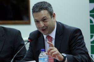Comissão de Trabalho aprova regulamentação do salão-parceiro