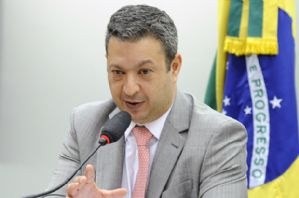 Ricardo Izar: CPI dos maus-tratos a animais deverá trazer marco regulatório