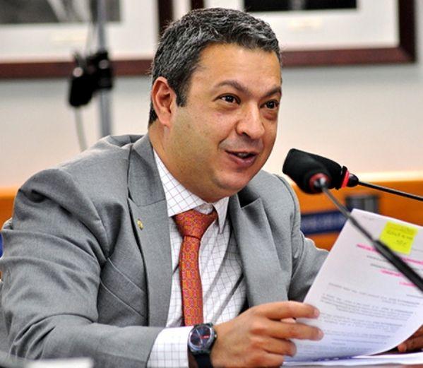 CPI dos Maus-Tratos a Animais retomará votação de relatório em fevereiro