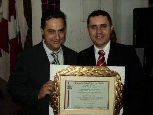 DEPUTADO RICARDO IZAR RECEBE TITULO DE HONRA AO MÉRITO EM POTIM