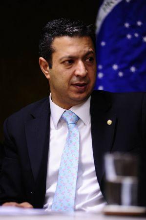 Ricardo Izar apresentou projetos relevantes para a Defesa dos animais em 2011